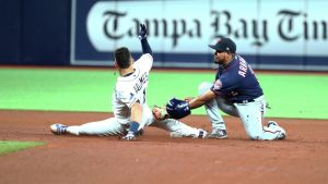 Dogs Ready to Bite the Books: MLB Tampa Bay at Minnesota