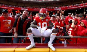 Tyreek Hill could have a big impact on the total