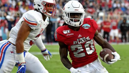 UMass Florida Atlantic Pick | NCAAF Week 12 Parlay