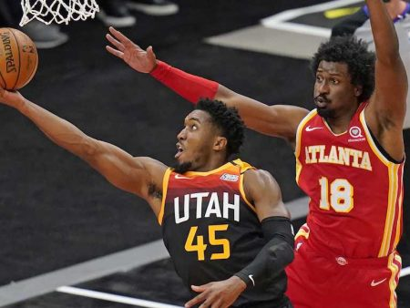 Jazz Hawks Free Pick, Preview & Odds